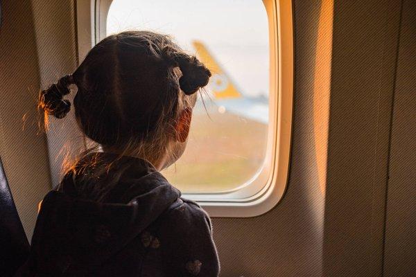 Managing Jet Lag in Baby & Kids During Travelling