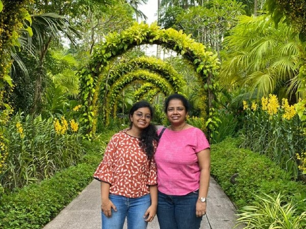 Dr. Wendy Sinnathamby a Paediatrician Mother with her Daughter
