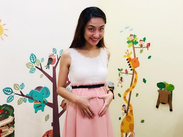 Dr. Chua Xiuzhen An Expecting Mother Working During COVID-19